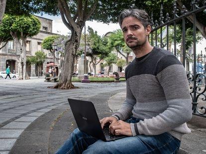 Juan Pedro Calderón, emigrado que regresó a España y cofundador de JJ Robots y AgnosPCB, en La Laguna, Tenerife.