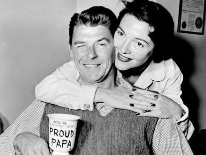 Ronald y Nancy Reagan, en una imagen del documental 'Los Reagan'.