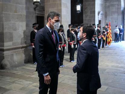 Primera reunión de la mesa de diálogo entre Cataluña y España entre Pedro Sánchez y Pere Aragonès en el Palau de la Generalitat.