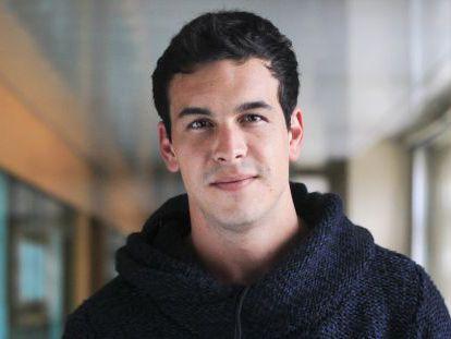 """El actor Mario Casas en la redacción del diario El País para la presentación de la película """"La Mula"""".."""