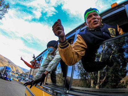 Integrantes de la caravana de centroamericanos llegan a Tijuana, en el estado de Baja California (México).