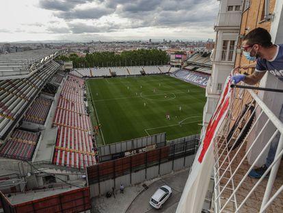 El estadio de Vallecas, durante el Rayo-Albacete.