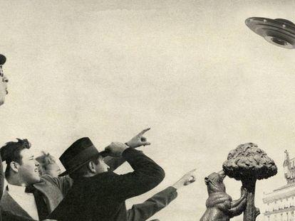 """""""El hecho concreto e innegable es que hay dos testigos y una porción de terreno chamuscado que hablan de la aparición de un extraño objeto volador ayer domingo en Madrid"""". Así relató la noticia la publicación 'El Caso'. La imagen es un montaje con gente divisando un ovni en Madrid."""