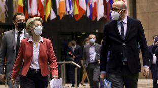 """26-F.La UE acelera la creación de un """"pasaporte sanitario"""" para salvar la campaña de verano"""