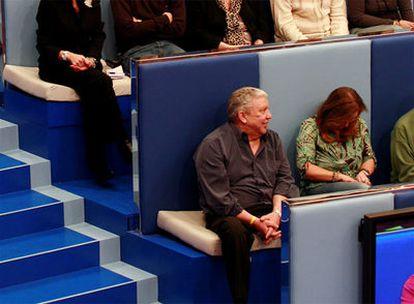 Jesús Cerdán, sentado en primera fila de la grada, el primero por la izquierda, durante el programa.