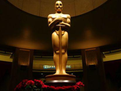 Un Oscar gigante en el teatro Dolby de Los Ángeles.
