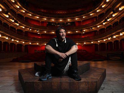 15/04/21. (DVD 1049) El actor y director Sergio Peris-Mencheta en el Teatro de la Comedia en Madrid. Jaime Villanueva.