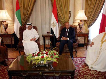 El ministro de Asuntos Exteriores de Arabia Saudí, de EAU, de Egipto y de Bahréin, este miércoles en El Cairo.