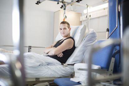 Dani Sierra se amotinó en su habitación del Hospital de Bellvitge para evitar el cierre de la planta