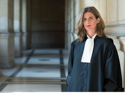 La jurista y escritora Camille Kouchner, autora de 'La familia grande', el superventas que ha abierto un debate social sobre el incesto en Francia.