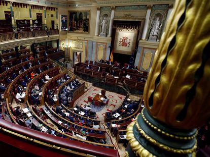 Vista del hemiciclo durante una intervención del presidente del Gobierno, Pedro Sánchez.