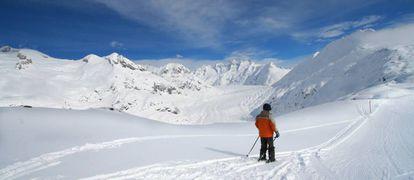 Panorama del glaciar Aletsch desde el punto Moosfluh.