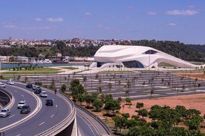 Gran Teatro de Rabat, diseñado por el equipo de  la arquitecta Zaha Hahid.