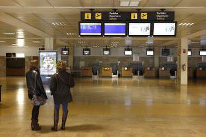Instalaciones del aeropuerto de Girona.
