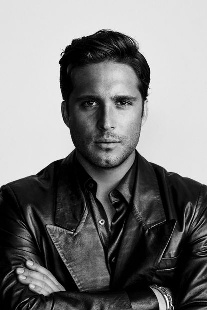 The Mexican actor Diego Boneta, who triumphs with the series on El Sol.