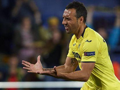 Cazorla celebra un gol.