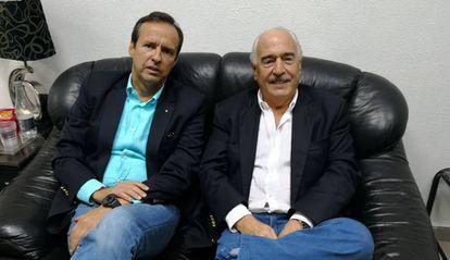Los expresidentes Quiroga y Pastrana en el aeropuerto de La Habana.