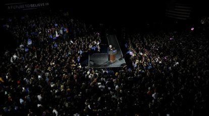 El candidato Bernie Sanders en Iowa City.