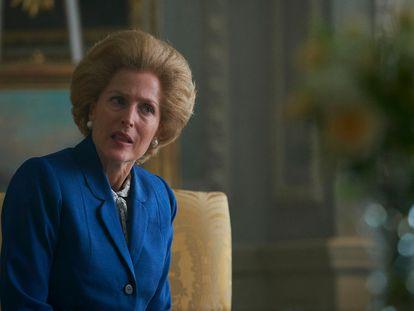 Gillian Anderson, como Margaret Thatcher en la cuarta temporada de 'The Crown'.