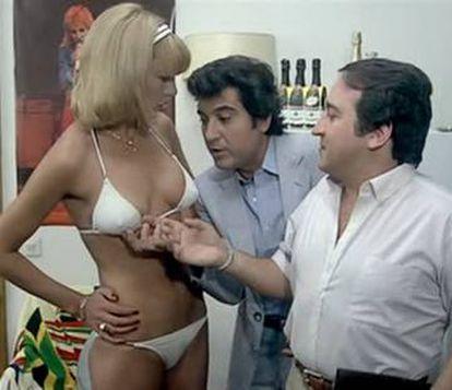 """Escena de la película 'Los liantes' (1981), de Mariano Ozores. """"Nuestras películas coincidieron con el destape, pero había que intentar que la gente estuviera más pendiente de la risa que del desnudo"""", dicen Pajares y Esteso."""