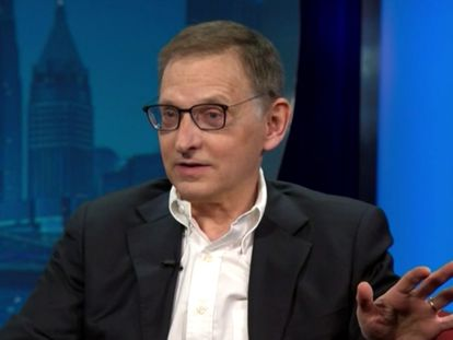 Ian Lipkin, epidemiólogo de la Universidad de Columbia, durante una entrevista en la CNN.