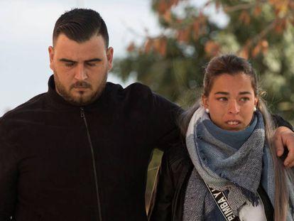 Los padres de Julen, José Roselló y Victoria García, este lunes en los juzgados de Málaga.
