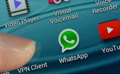 Logotipo de Whatsapp en un teléfono móvil.