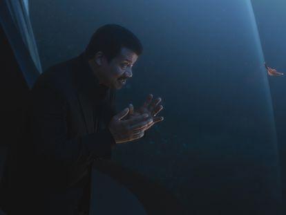 Neil deGrasse Tyson, presentador de 'Cosmos', en una imagen del programa de National Geographic.