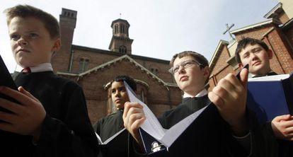 Niños del Coro Archidiocesano de Boston en Cambridge, Massachusetts, el 28 de febrero de 2013.