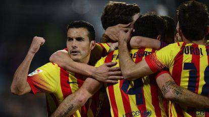 Pedro celebra el quinto gol del Barça.