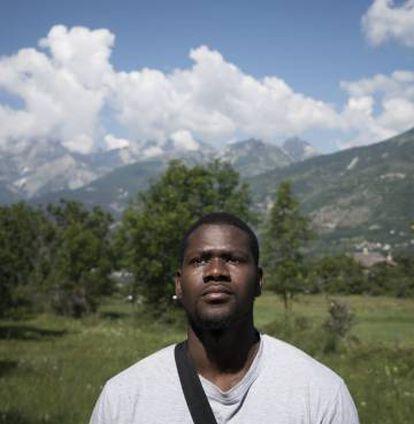 Mamadou Ba,.