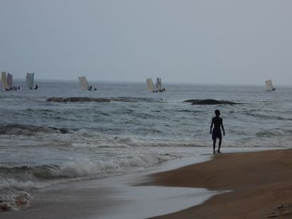 Una estampa de la orilla de Costa de Marfil.