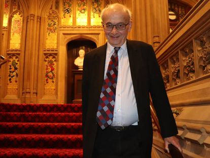 El miembro de la Cámara de los Lores John Kerr.