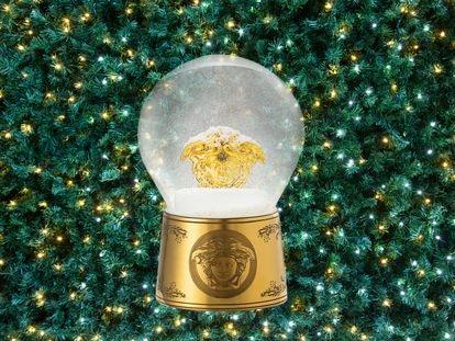 Bola de nieve de Versace. El espíritu rococó de la Navidad.