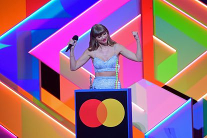 Singer Taylor Swift collects the global icon award on Tuesday.