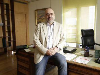 El alto comisionado del Gobierno, Pau Marí-Klose, aboga por una mejora inmediata de las prestaciones a familias con niños