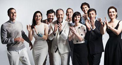 De izquierda a derecha: Raúl Prieto, Bárbara Lennie, Israel Elejalde, Miguel del Arco, José Luis Martínez, Manuela Paso, Cristóbal Suárez, Aitor Tejada y Miriam Montilla.