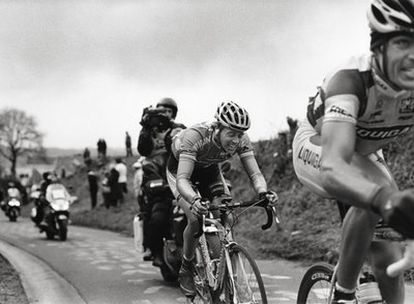 Dos corredores durante una  etapa