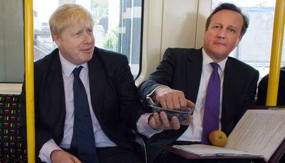 David Cameron (derecha) junto a Boris Johnson, alcalde Londres.