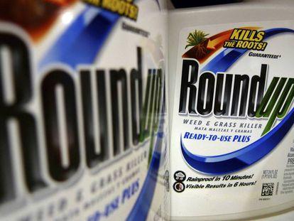 El pesticida Roundup, de Monsanto, que supuestamente provocó cáncer a un hombre en San Francisco.