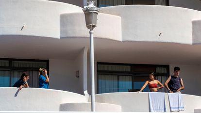Vista de los balcones del Hotel Palma Bellver este lunes.