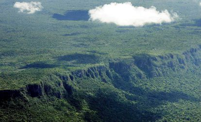 Así era en 2005 la selva virgen amazónica en el estado brasileño de Mato Gross, en Brasil, uno de los lugares con mayores tasas de deforestación del mundo.
