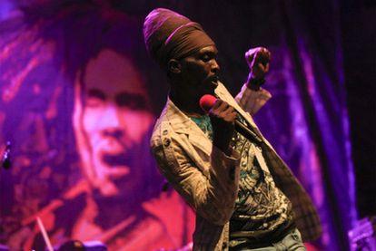 Actuación de Antony B, en la primera jornada del festival de <i>reggae</i> Rototom Sunsplash, que se celebra en Benicàssim (Castellón).