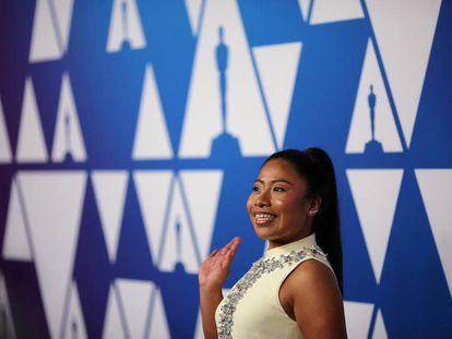 Yalitza Aparicio, a su llegada a la comida de los nominados a los Oscar.