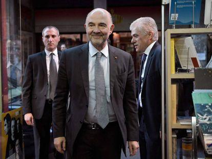 El comisario de Asuntos Económicos, Pierre Moscovici, en la presentación de su libro en Atenas, la semana pasada.