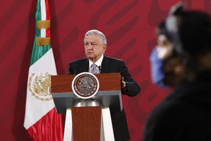 Andrés Manuel López Obrador, participa este durante una rueda de prensa.