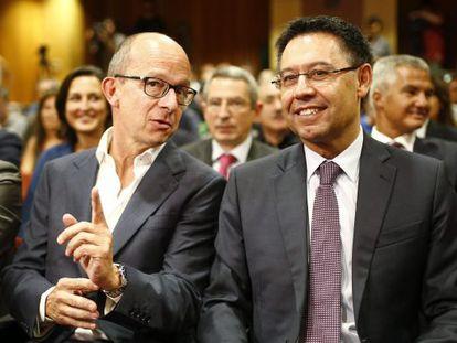 El vicepresidente Jordi Cardoner junto a Josep Maria Bartomeu.