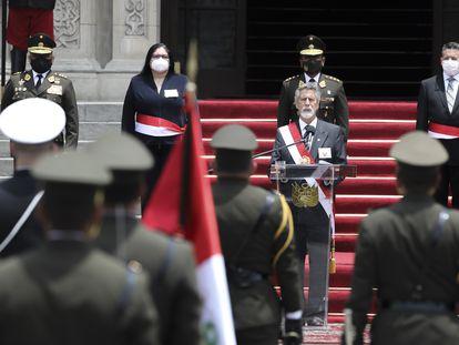 El presidente de Perú, Francisco Sagasti, durante una ceremonia.