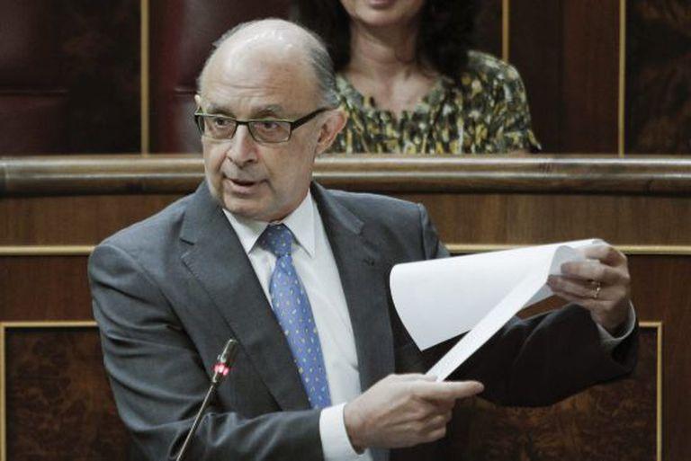 El ministro de Hacienda, Cristóbal Montoro, en 2016 en el Congreso.