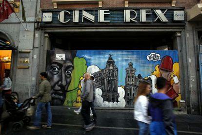 El cine Rex, una de las diez salas desaparecidas en la Gran Vía desde los años ochenta.